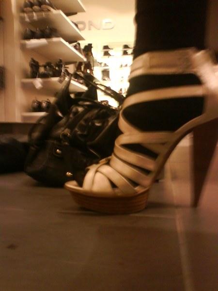 03 high heels
